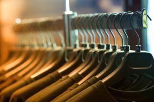 t shirt retail rack